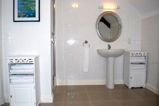 Gite Alme shower room top floor